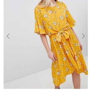 Yellow Printed Flutter Sleeve Tie Front Midi Dress